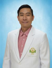 Dr Nadhaporn Saengpetch